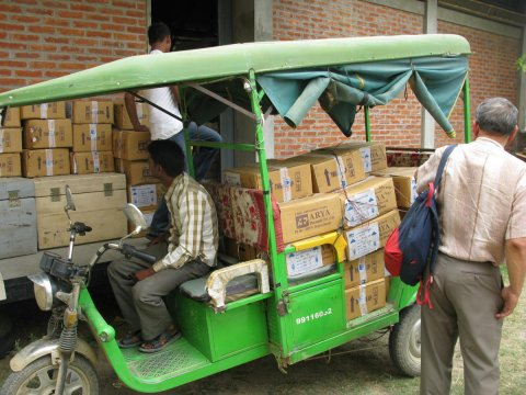 Medical supplies on an auto rickshaw in Nepal. © 2015 Julie Gerdes/GHFP-II, Courtesy of Photoshare